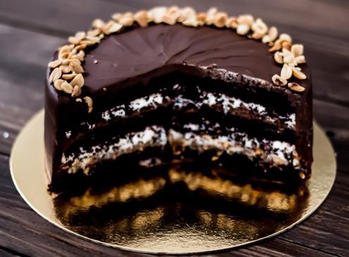 торт сникерс мастер класс, торт сникерс в домашних условиях
